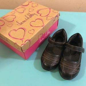 NIB Sam & Libby Toddler Girls Brown Mary Janes